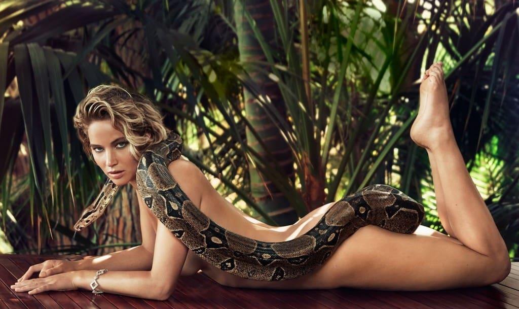 Hot girls celebraties 20 Hottest Female Celebrities Under Thirty