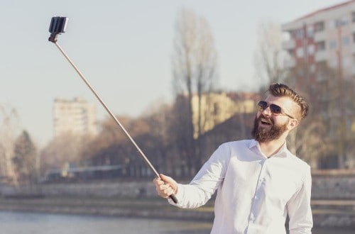10 People Who Died While Taking A Selfie