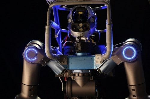 10 Odd Robots Saving Human Lives